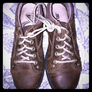Caterpillar brown women's work hiking boot shoes